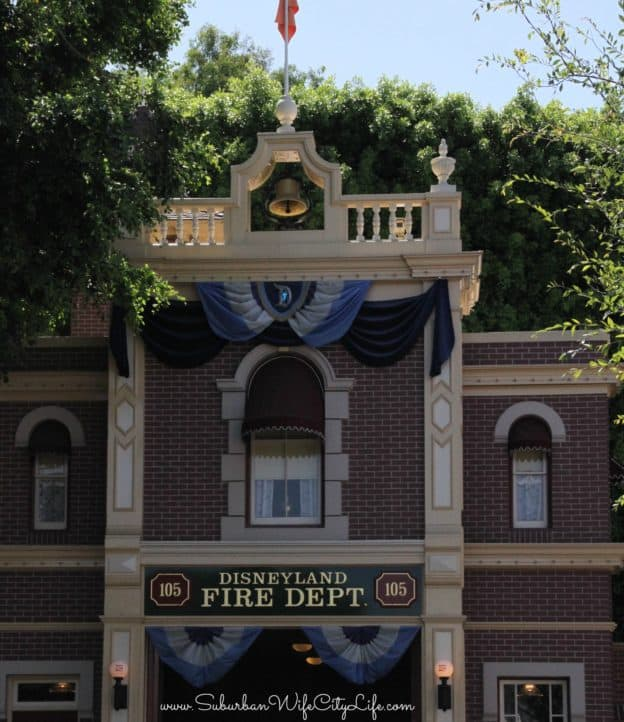 Disneyland Fire Dept Apartment Light
