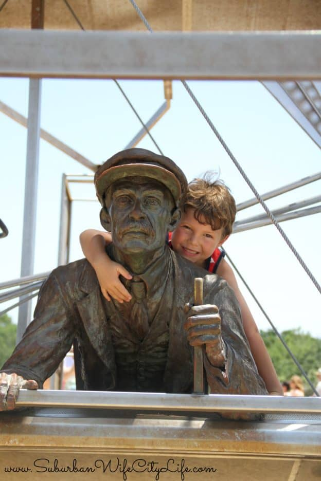 Flying with Orville Wright - Wright Brother's National Monument