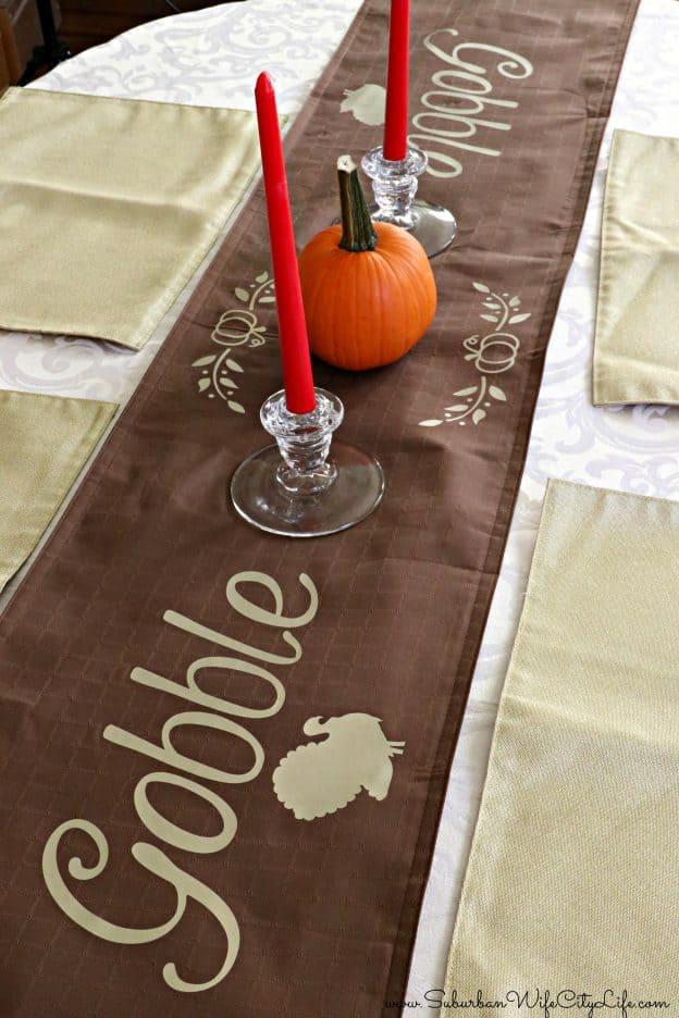 Gobble Gobble table Runner #CricutMade