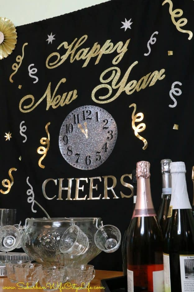 Happy New Year Hanging Backdrop #CricutMade #ad