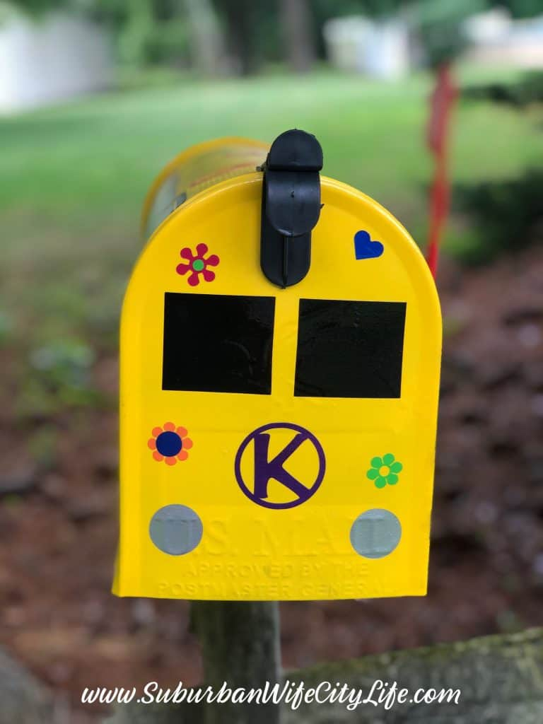 Personalized Mailbox with Cricut Joy