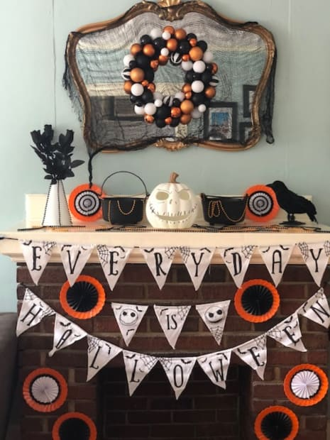 Halloween Fireplace | Party City